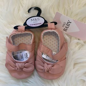 Mark's & Spencer Baby Mary-Jane Shoes 3-6 months